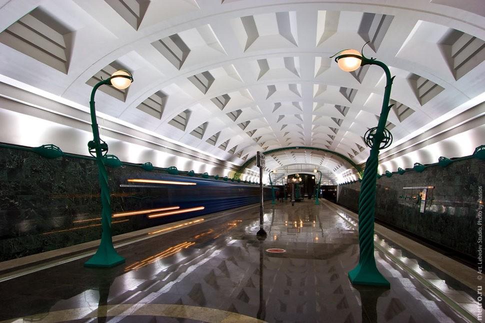 MetroStations01 17 самых волшебных станций метро со всего мира