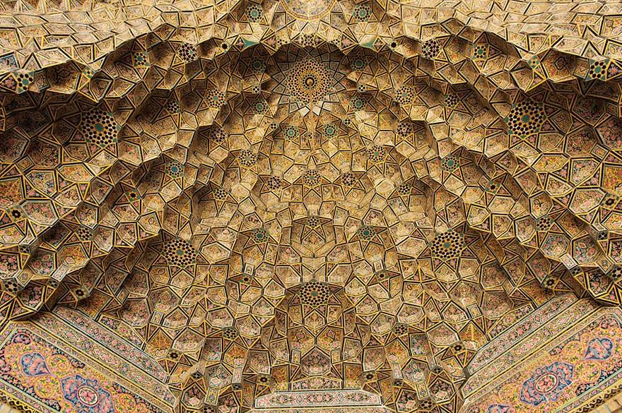 MosqueCeilings10 Чарующие и гипнотизирующие своды мечетей