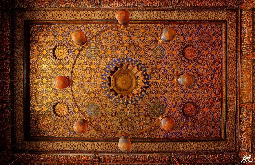 MosqueCeilings15 Чарующие и гипнотизирующие своды мечетей