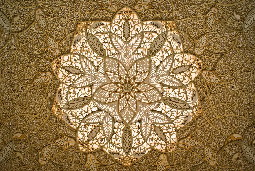MosqueCeilings16 Чарующие и гипнотизирующие своды мечетей