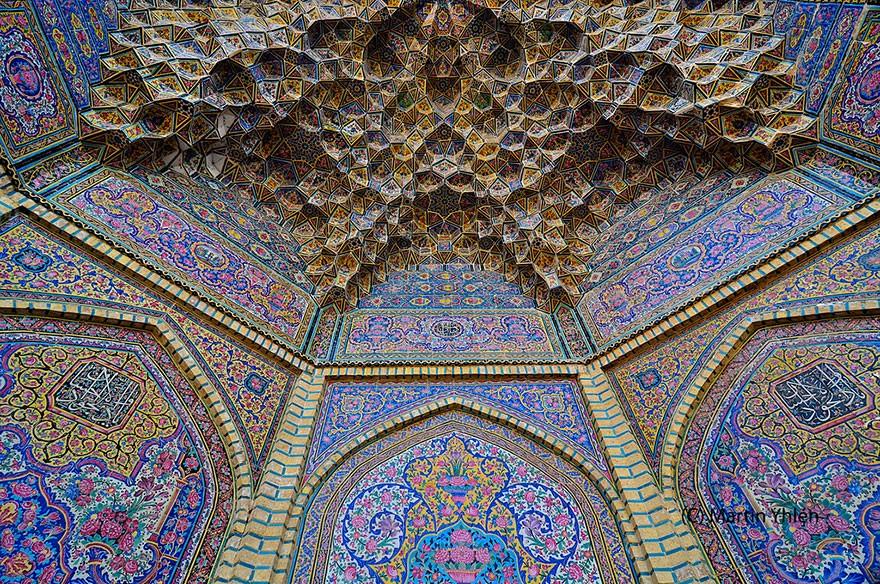 MosqueCeilings18 Чарующие и гипнотизирующие своды мечетей
