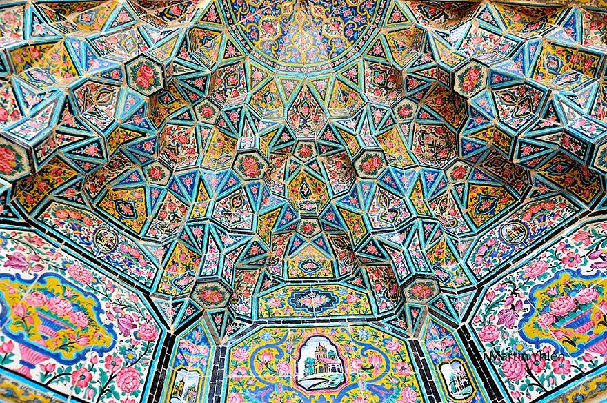 MosqueCeilings19 Чарующие и гипнотизирующие своды мечетей