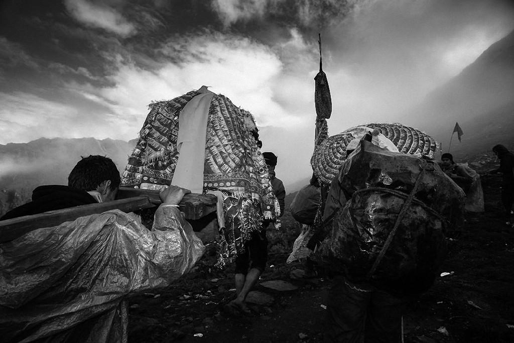 NandaDeviRajYatra10 Трудное паломничество в Гималаях
