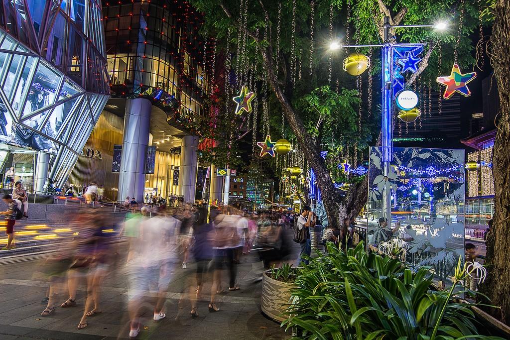 OchardRoad04 Ochard Road: Как выглядит самая известная улица Сингапура перед Рождеством и Новым годом