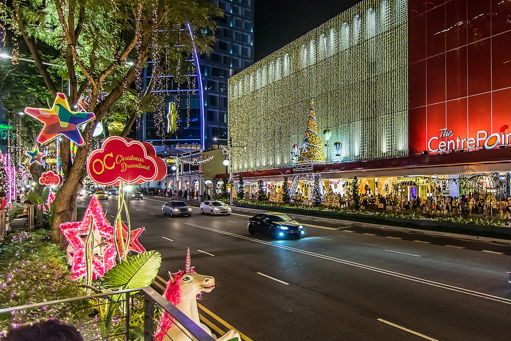 OchardRoad22 Ochard Road: Как выглядит самая известная улица Сингапура перед Рождеством и Новым годом