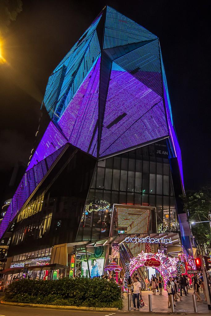 OchardRoad24 Ochard Road: Как выглядит самая известная улица Сингапура перед Рождеством и Новым годом