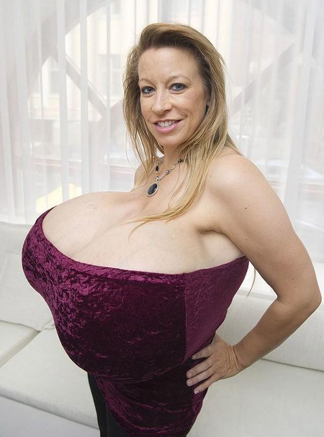 Самый большой сиски мире голые фото женщин — img 2