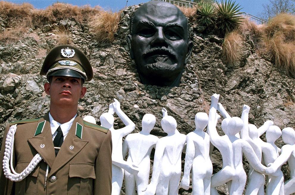 lenin06 Памятники Владимиру Ленину по всему миру