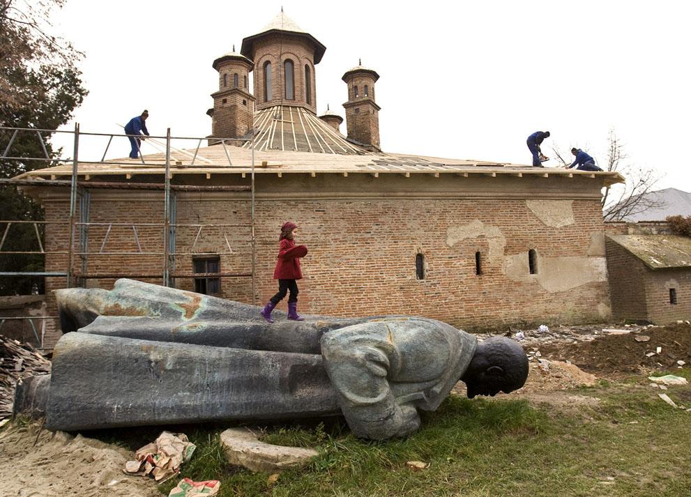 lenin12 Памятники Владимиру Ленину по всему миру