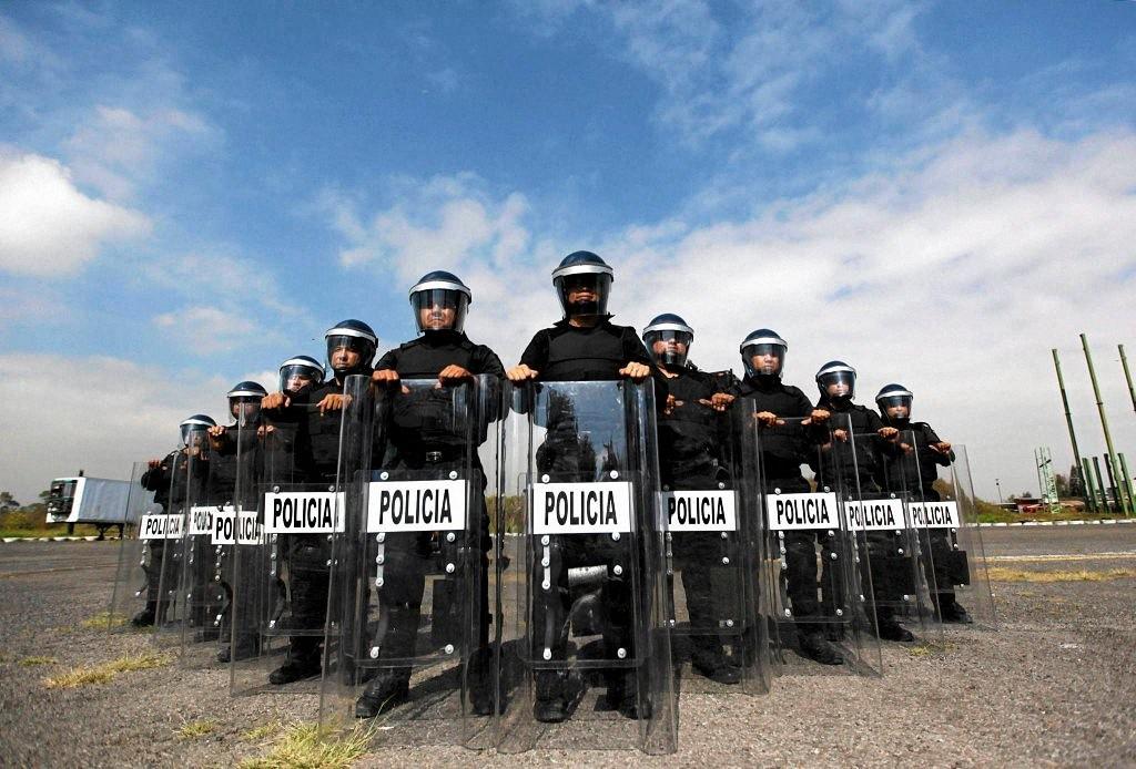 worldpolice05 Применение оружия полицией в разных странах