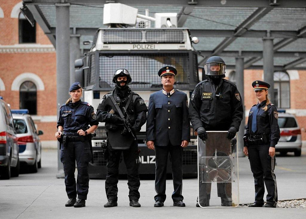 worldpolice11 Применение оружия полицией в разных странах