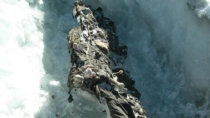 inglacier06 Самые сенсационные находки, когда либо обнаруженные в ледниках