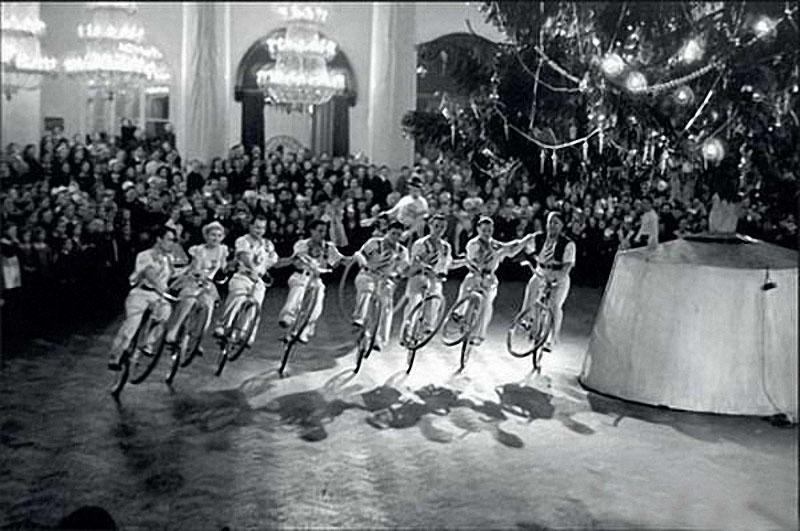 newyearin50s04 Новый год в СССР 1950 х