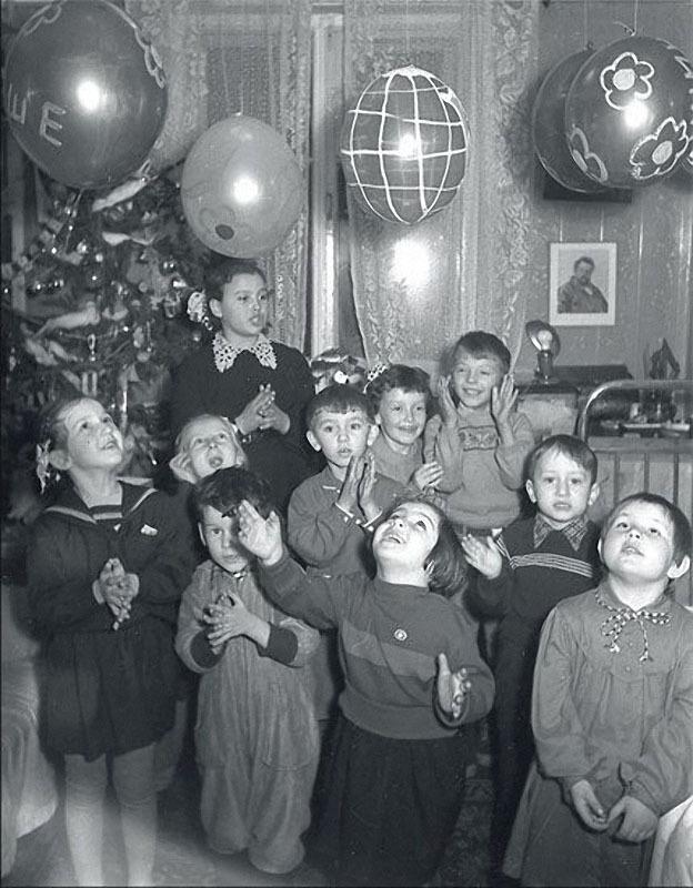 newyearin50s08 Новый год в СССР 1950 х