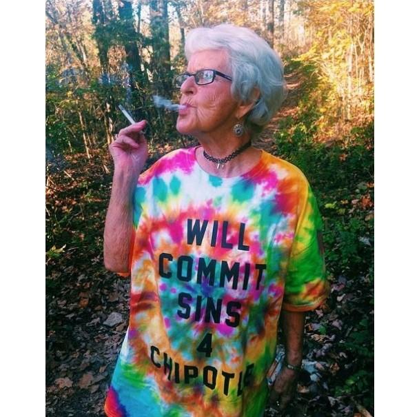 BaddieWinkle03 86 летняя крутая бабушка постит отвязные фото в Instagram