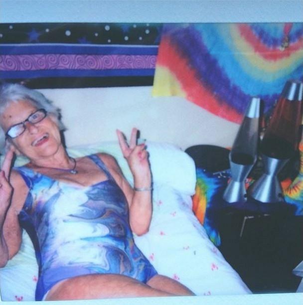 BaddieWinkle04 86 летняя «крутая» бабушка постит отвязные фото в Instagram
