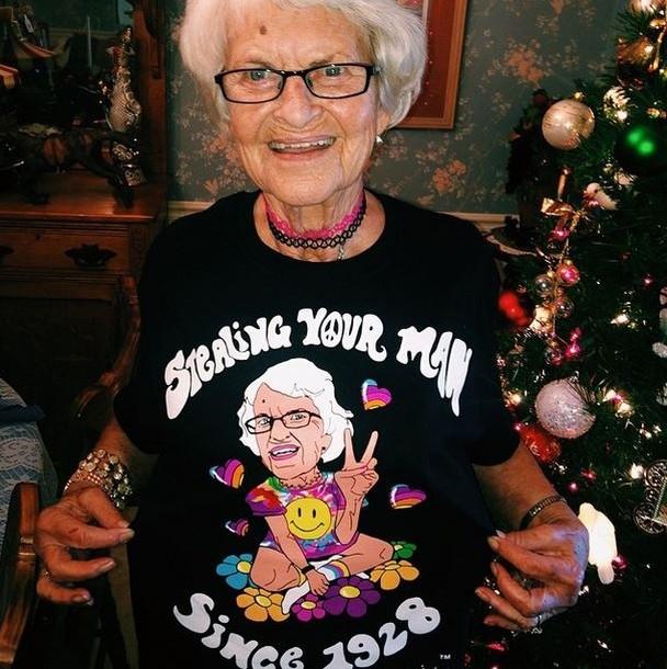 BaddieWinkle08 86 летняя крутая бабушка постит отвязные фото в Instagram