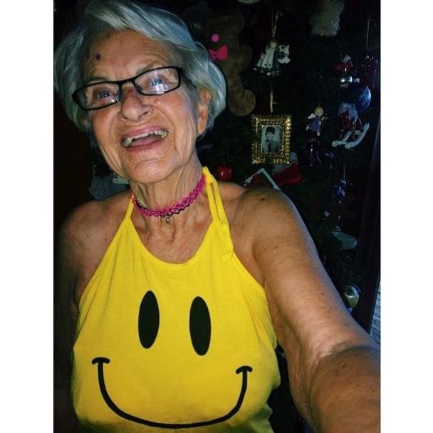 BaddieWinkle09 86 летняя «крутая» бабушка постит отвязные фото в Instagram