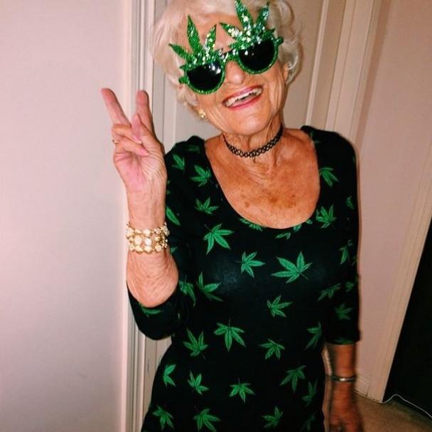 BaddieWinkle14 86 летняя крутая бабушка постит отвязные фото в Instagram