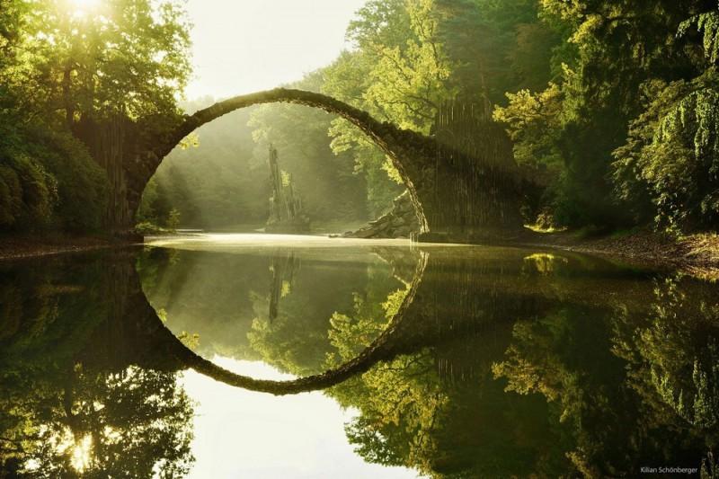 Удивительные пейзажи, вдохновленные сказками братьев Гримм Schonberger03-800x533