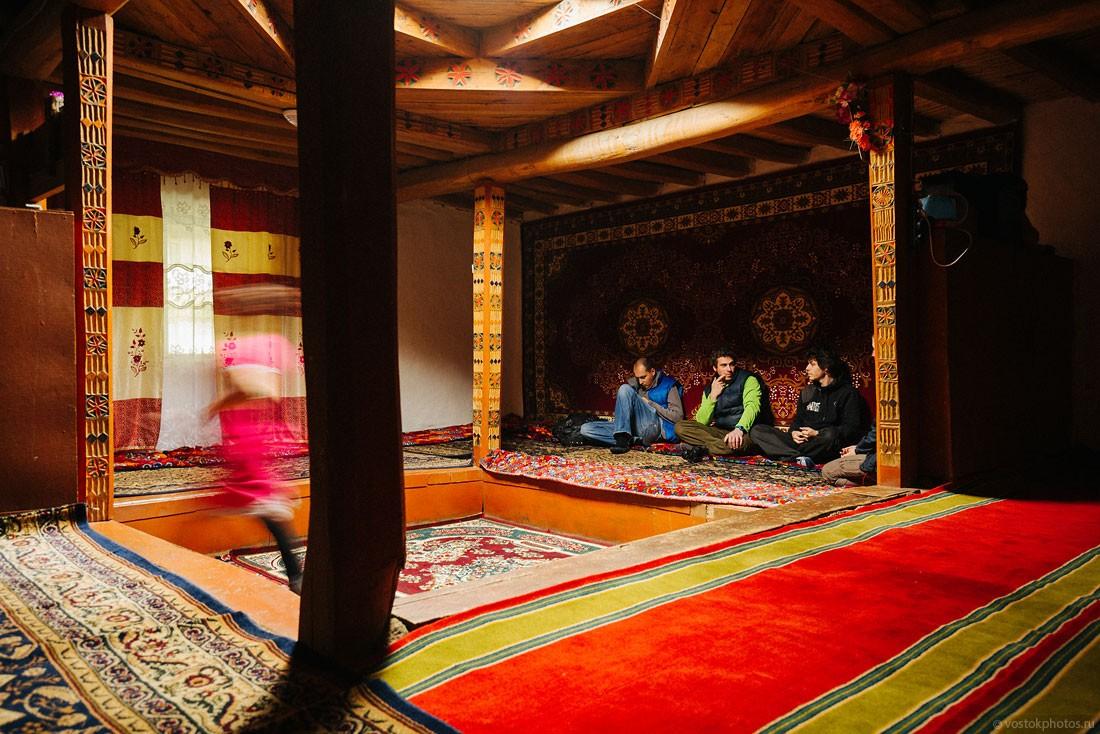 Tajik07 Как живут таджики у себя на родине?