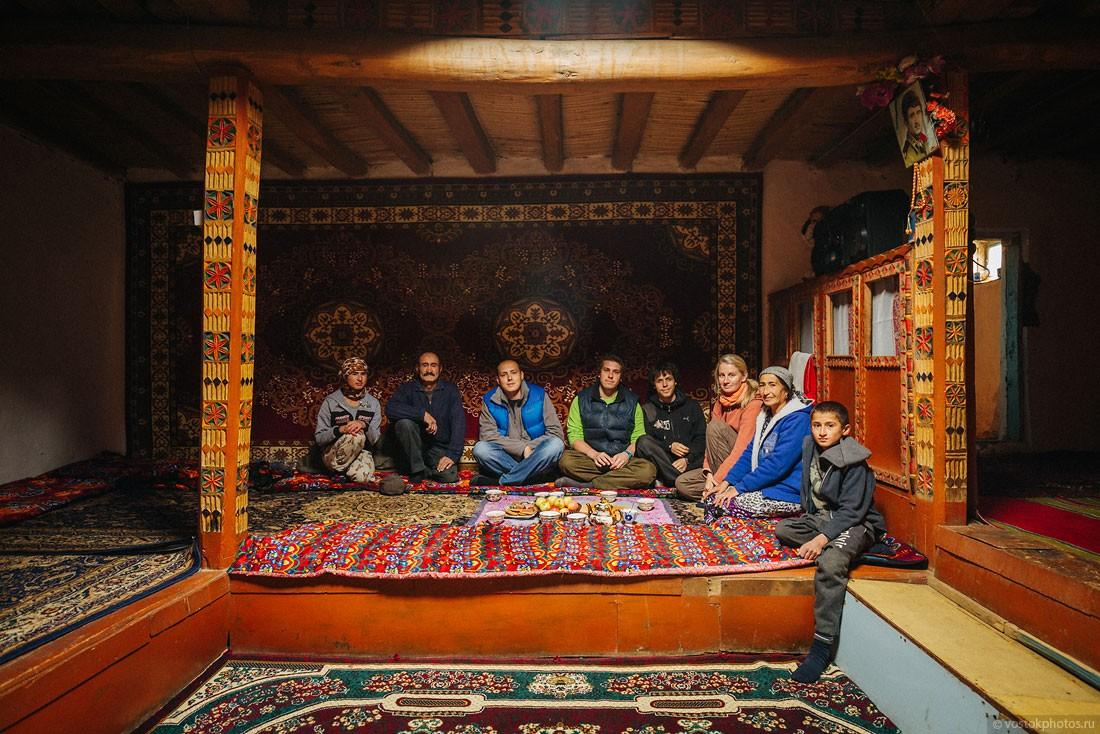 Tajik29 Как живут таджики у себя на родине?
