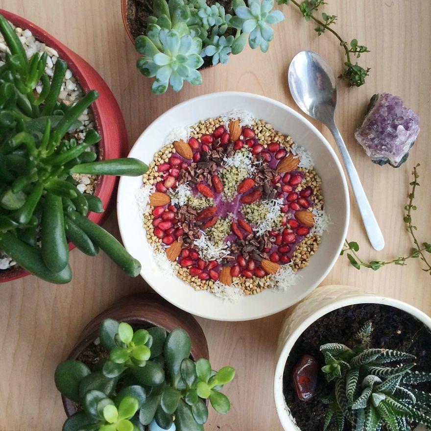 Vegan12 Девушка создает настоящие произведения искусства из своих веганских блюд