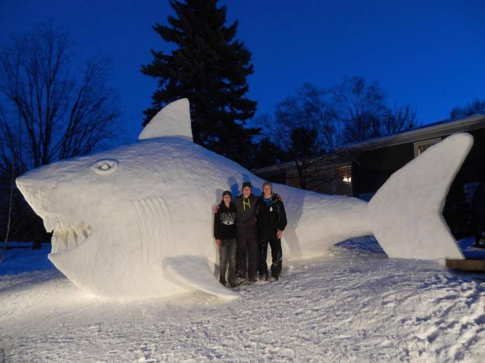 snowdrift01 20 способов художественно оформить сугроб
