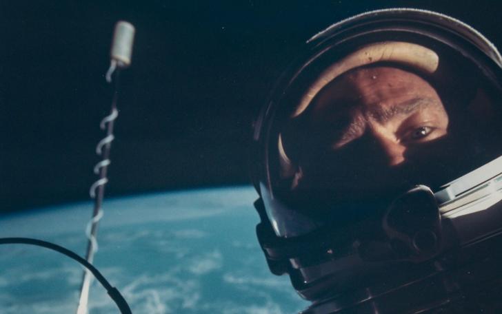 заход9 Космический винтаж: старые снимки НАСА уйдут с молотка в Лондоне