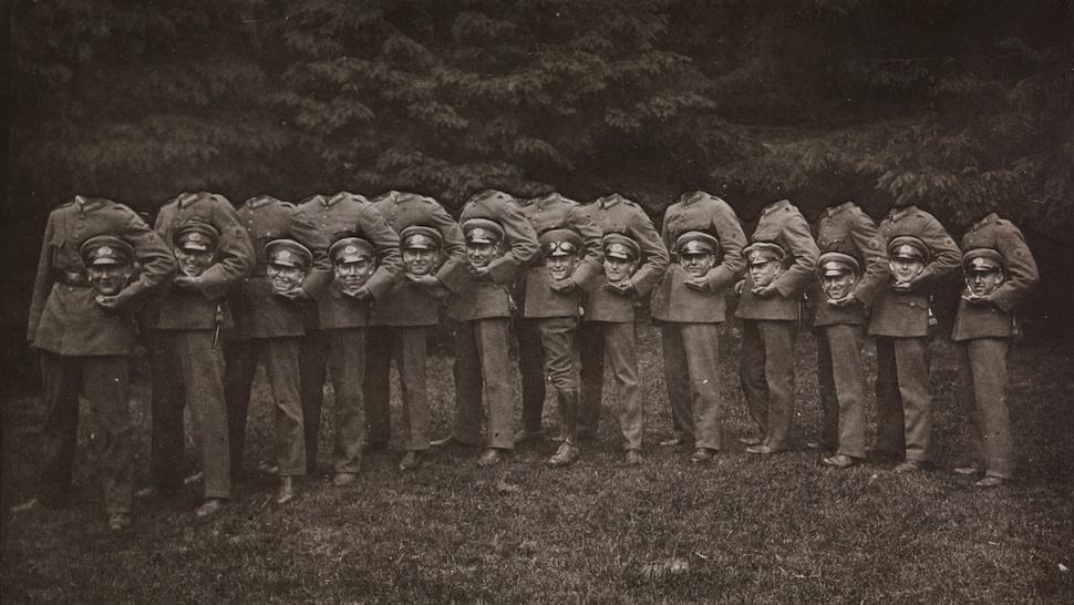 009Group of Thirteen Decapitated Soldiers 1910 Своими руками: обработанные снимки доцифровой эпохи