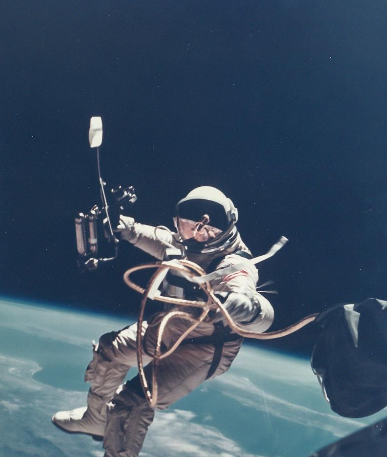 041 Космический винтаж: старые снимки НАСА уйдут с молотка в Лондоне