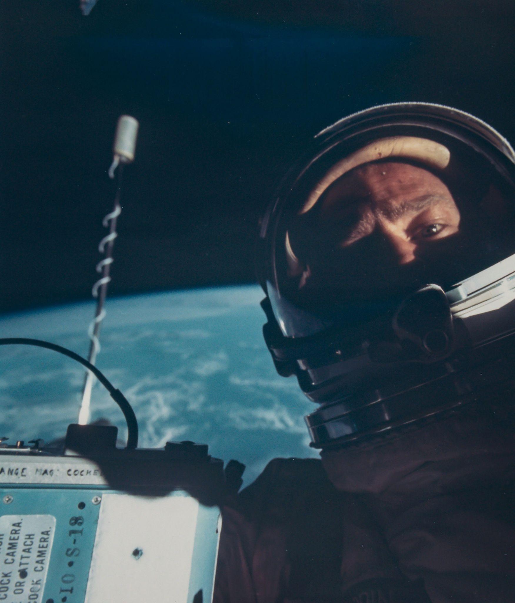 0714 Космический винтаж: старые снимки НАСА уйдут с молотка в Лондоне
