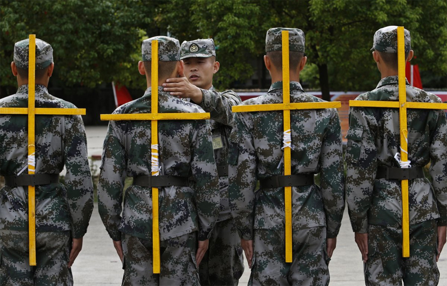 1016 Самые суровые армейские тренировки со всего мира