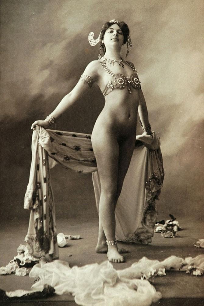 striptease06 Стриптиз: от древних времен до бурлеска наших дней