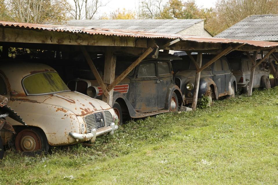 abandonedauto02 Сокровища забытых гаражей