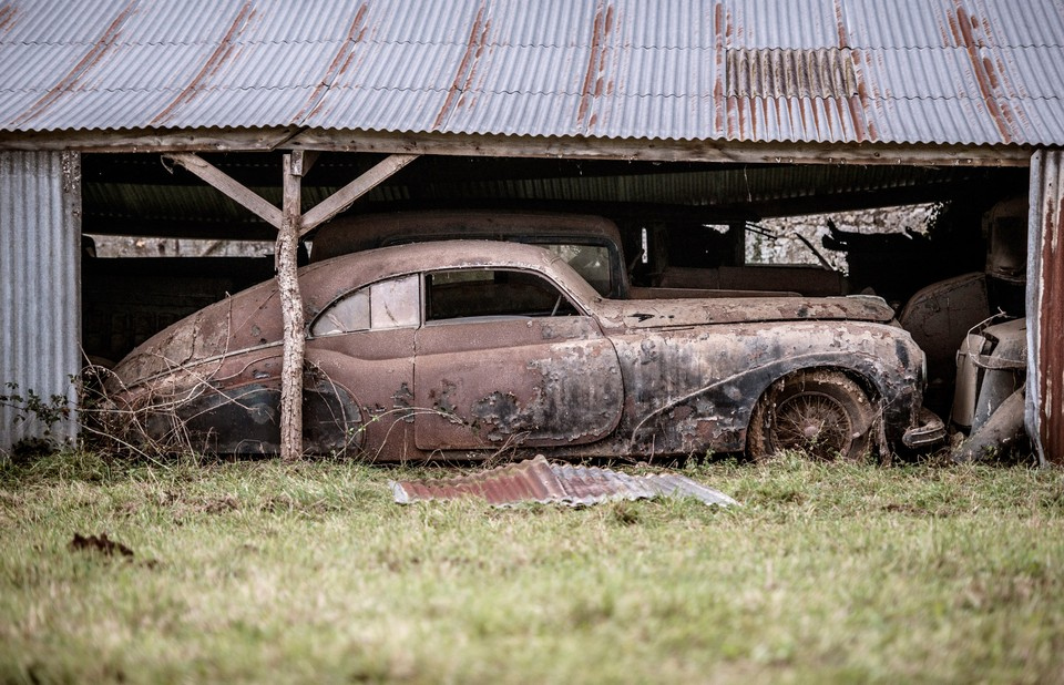 abandonedauto03 Сокровища забытых гаражей