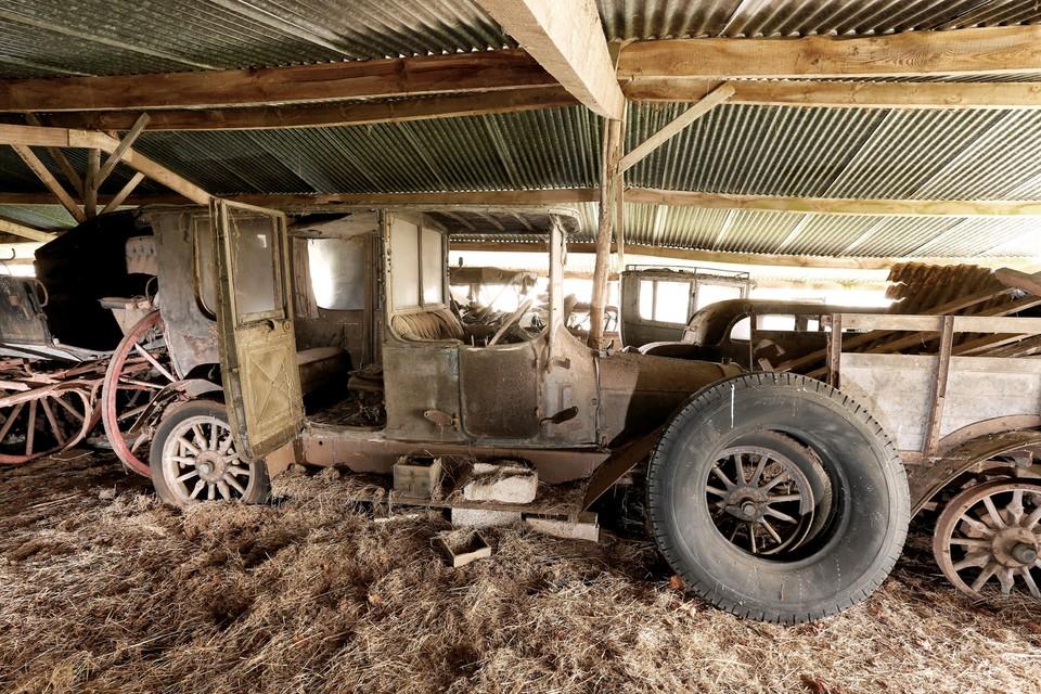 abandonedauto05 Сокровища забытых гаражей