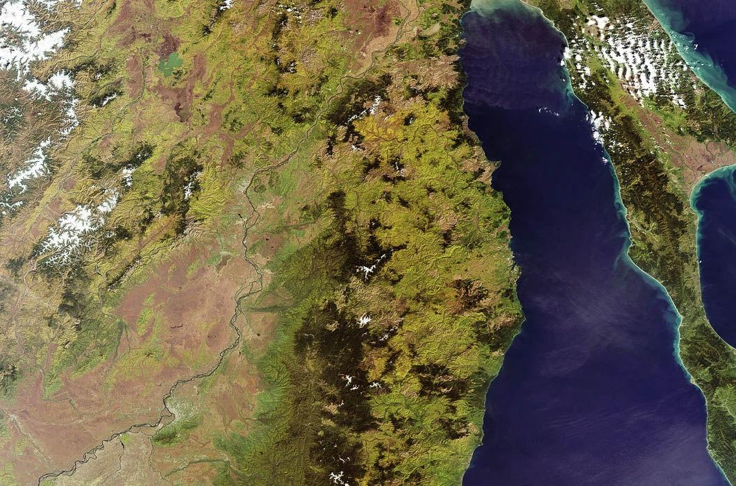 Как выглядит Россия из космоса?