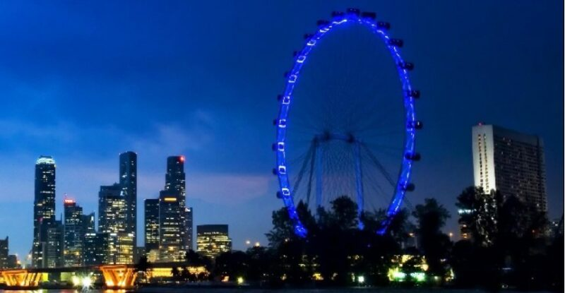 чертово колесо в сингапуре фото