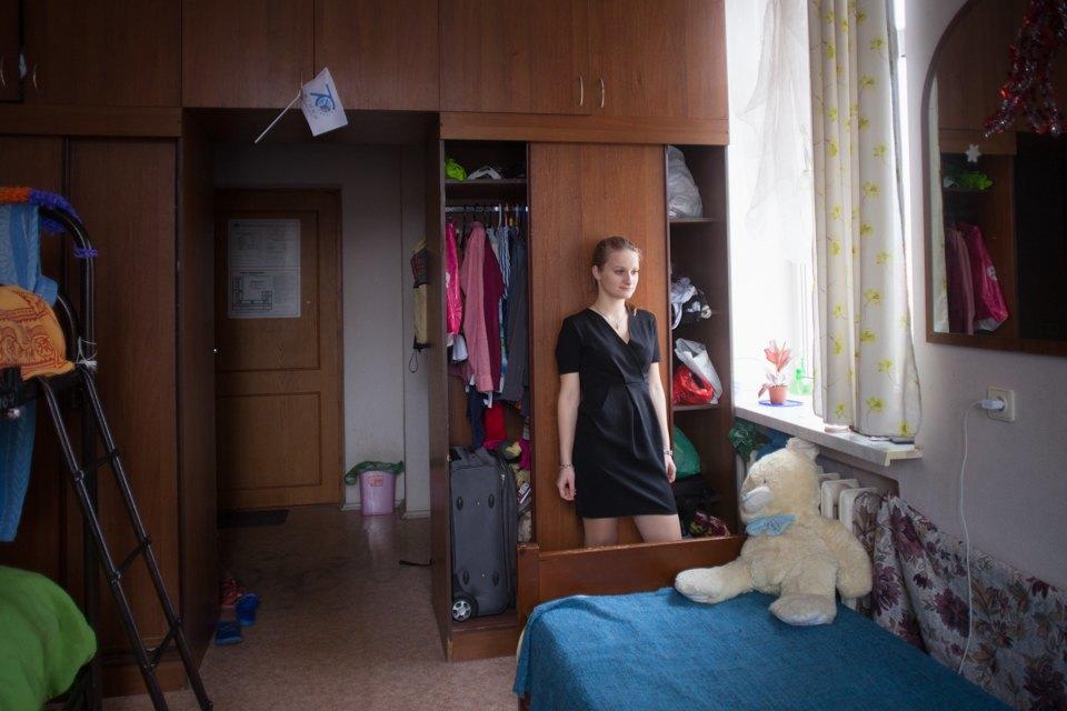 Секс соседей в общежитие в ванной, хорошие сиськи хочу трахаться