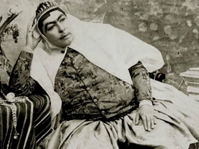Как на самом деле выглядел гарем иранского шейха. Фото