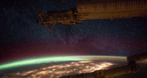 Видео с борта МКС: космическая симфония