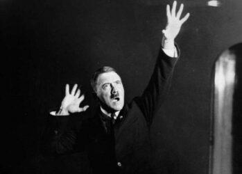 Hitlerembarrassingphotos00