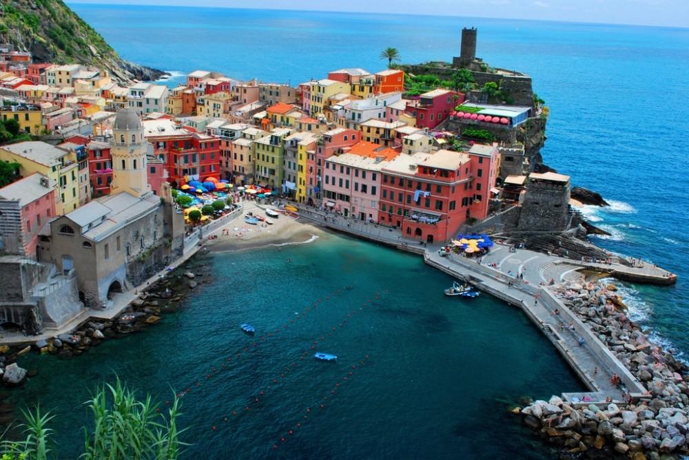 20 мест, в которых миром правит цвет