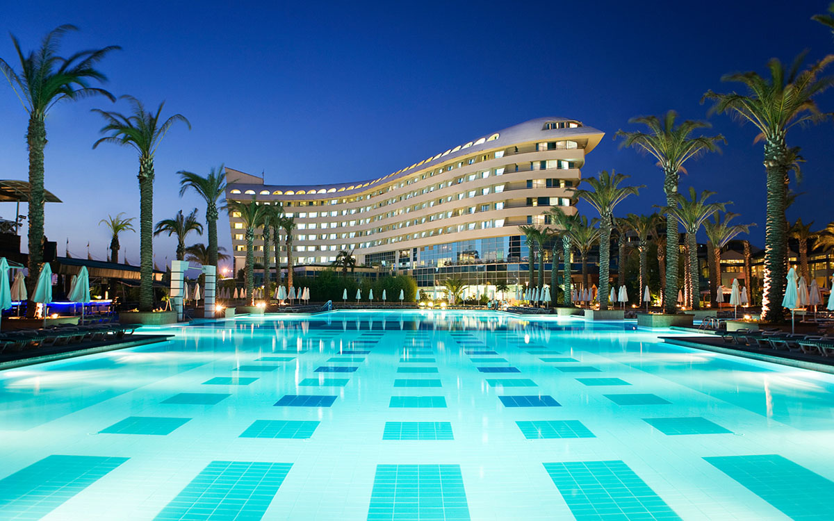 5Concorde Deluxe Resort