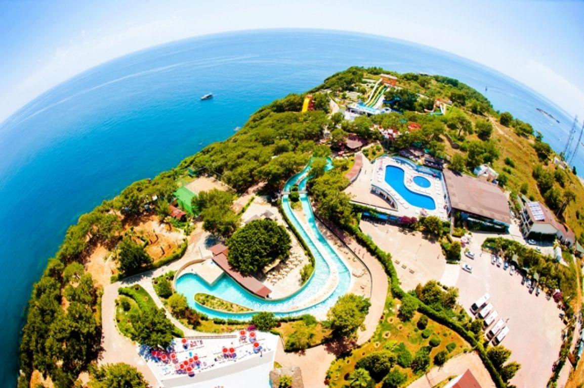 8Water Planet Deluxe Hotel & Aquapark