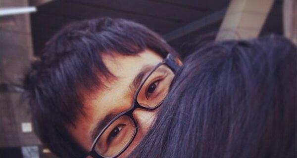 Как фотографироваться с подружкой, если у вас… нет подружки