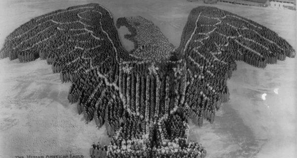 Патриотические массовые фото Артура Молла времен Первой Мировой