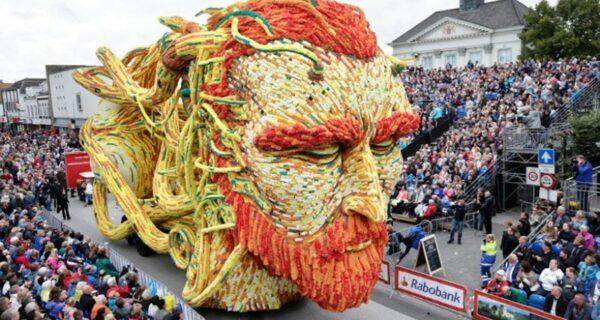 Самый крупный в мире парад цветов в Голландии посвятили ВанГогу