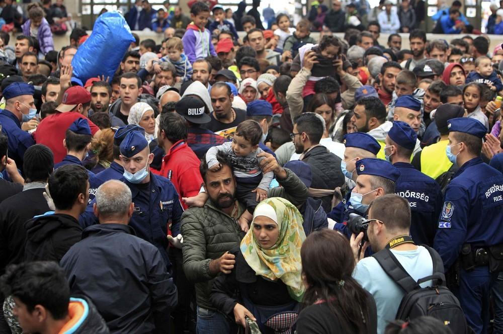 беженцы с россии в европу отзывы фото карамельного